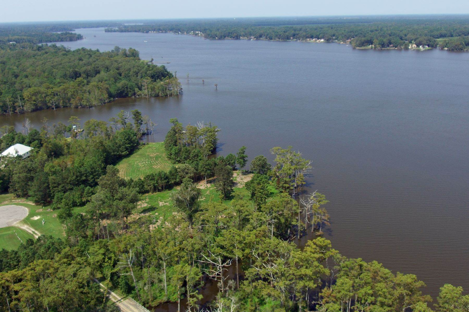 Land for Sale at Osprey Drive on Yeopim River 236 Osprey Drive Edenton, North Carolina 27932 United States