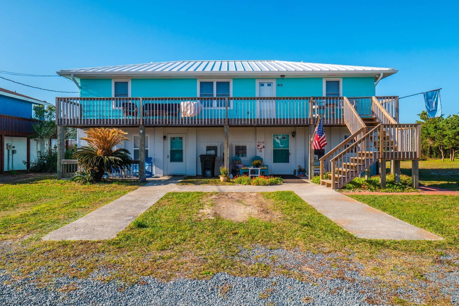 Single Family Homes for Sale at Recently Renovated Island Residence 410 S Anderson Boulevard Topsail Beach, North Carolina 28445 United States